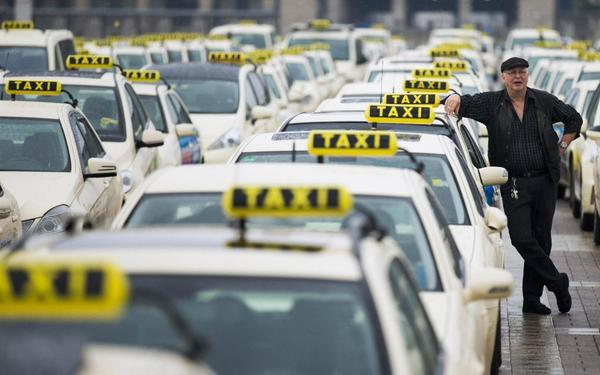 Забастовка таксистов в Москве